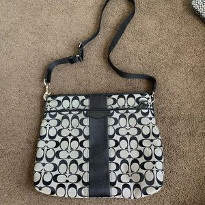 medium Coach crossbody bag